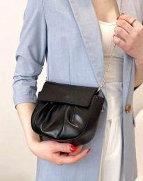 Дамска чанта в черно - код B449
