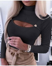 Блуза в черно с отворено деколте - код 3501