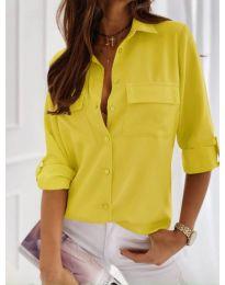 Класическа дамска риза в жълто - код 450