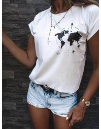 Тениска в бяло с принт глобус - код 478