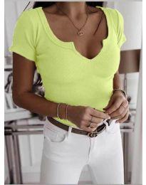 Дамска тениска с отворено деколте в неоново жълто- код 3667