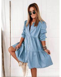 Свободна дамска рокля в светло синьо - код 5557