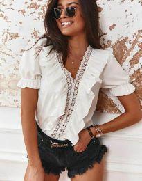 Ефектна дамска блуза в бяло - код 4730