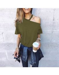 Тениска с голо рамо в маслено зелено - код 3573