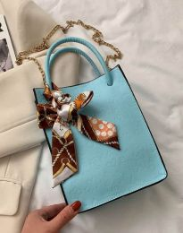 Дамска чанта в светлосиньо - код B460
