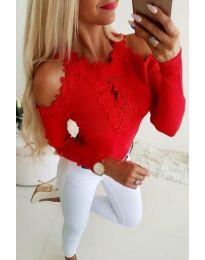 Елегантна дамска блуза с бродерии в червено - код 3538