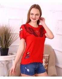 Дамска тениска с крила и ефектни нарязвания в червено - код 3568
