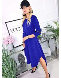 Свободна рокля в синьо с 3/4 ръкави - код 727