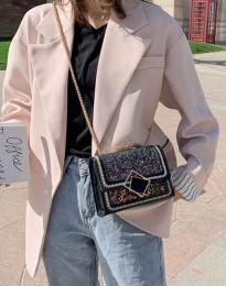 Атрактивна дамска чанта в черно - код B7594