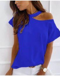 Дамска блуза в синьо с голо рамо - код 804