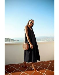 Свободна изчистена рокля в черно - код 8810