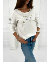 Дамска блуза в бяло с надпис - код 4247