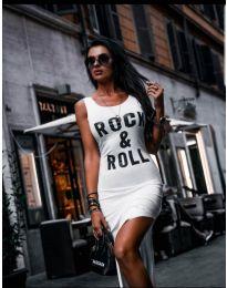 Дълга бяла рокля с цепка и надпис ROCK & ROLL - код 483