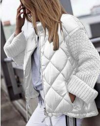 Атрактивно дамско яке в бяло - код 4820