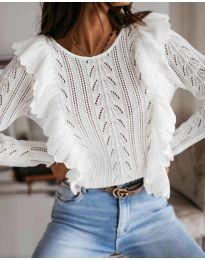 Дамски пуловер в бяло - код 9087