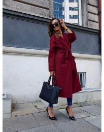 Дълго дамско палто с колан в бордо - код 9099