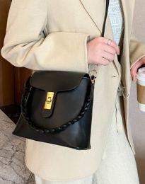 Дамска чанта в черно - код B328