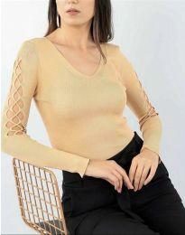 Блуза с ефектни ръкави в бежово - код 6776