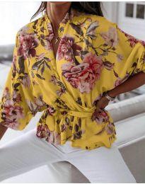 Свободна дамска риза на цветя в жълто - код 127