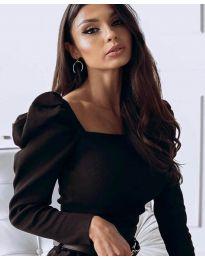 Блуза с дълбоко деколте и бухнали ръкави в черно - код 3504