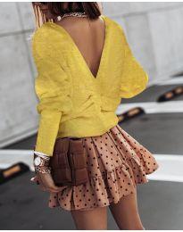 Блуза с изрязан гръб в горчица - код 2629