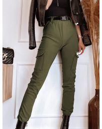 Панталон с джобове в зелено - код 4842