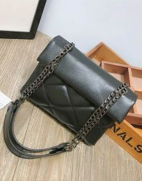 Дамска чанта в черно - код B273