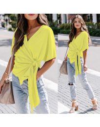 Изчистена дамска блуза в цвят жълто - код 0009