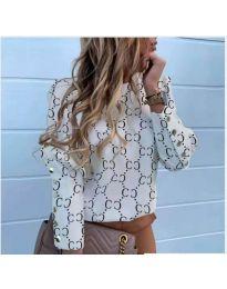 Елегантна дамска риза с ефектен десен в бяло - код 780