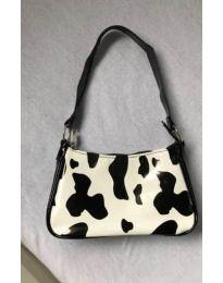 Дамска чанта с атрактивен десен - код B61