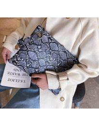 Дамска чанта с атрактивен десен в черно - код B27