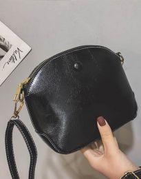 Дамска чанта в черно - код B290