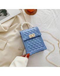 Атрактивна дамска чанта с ефектна дръжка в светлосиньо - B528