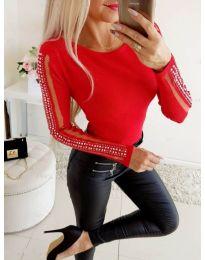 Червена блуза с тюл и камъни на ръкавите - код 3500