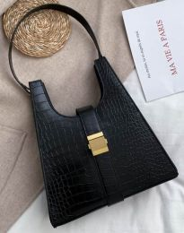 Дамска чанта в черно - код B418