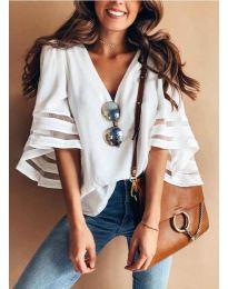 Ефектна дамска блуза в бял цвят - код 3371