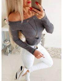 Изчистена дамска блуза в сиво - код 3572