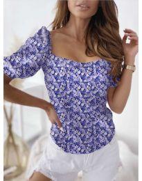 Блуза  с флорален десен в тъмно синьо  - код 9897