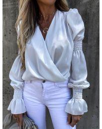 Стилна блуза с ефектни ръкави в бяло - код 5451