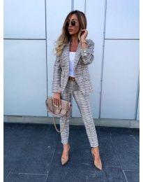 Дамски костюм от сако и панталон - код 388