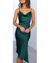 Изчистена рокля в зелено - код 7161