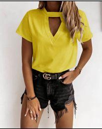 Дамска изчистена тениска в жълто - код 3597