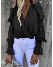 Стилна блуза с ефектни ръкави в черно - код 5451