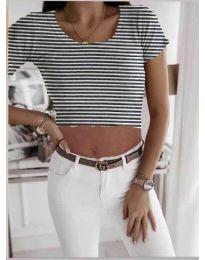 Къса дамска тениска на райе в бяло - код 530