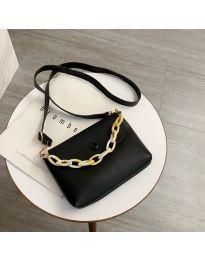 Дамска чанта в черно - код B7674