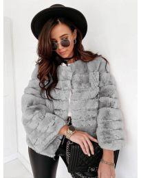 Дамско късо палто в сиво - код 7676