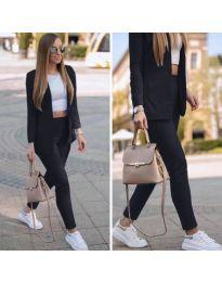 Спортно-елегантен дамски комплект в черно - код 215