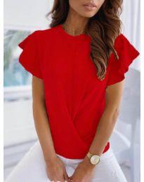 Дамска тениска тип прегърни ме в червено - код 515