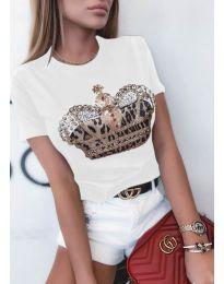 Атрактивна дамска тениска с апликация в бяло - код 4648
