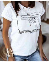 Дамска тениска в бяло - код 3024